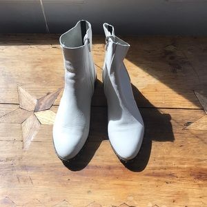 White Leather Topshop ankle boots, 38